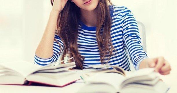 Como Estudar para Concurso Qual o máximo de disciplinas por dia Capa